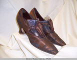 Brown silk satin shoes